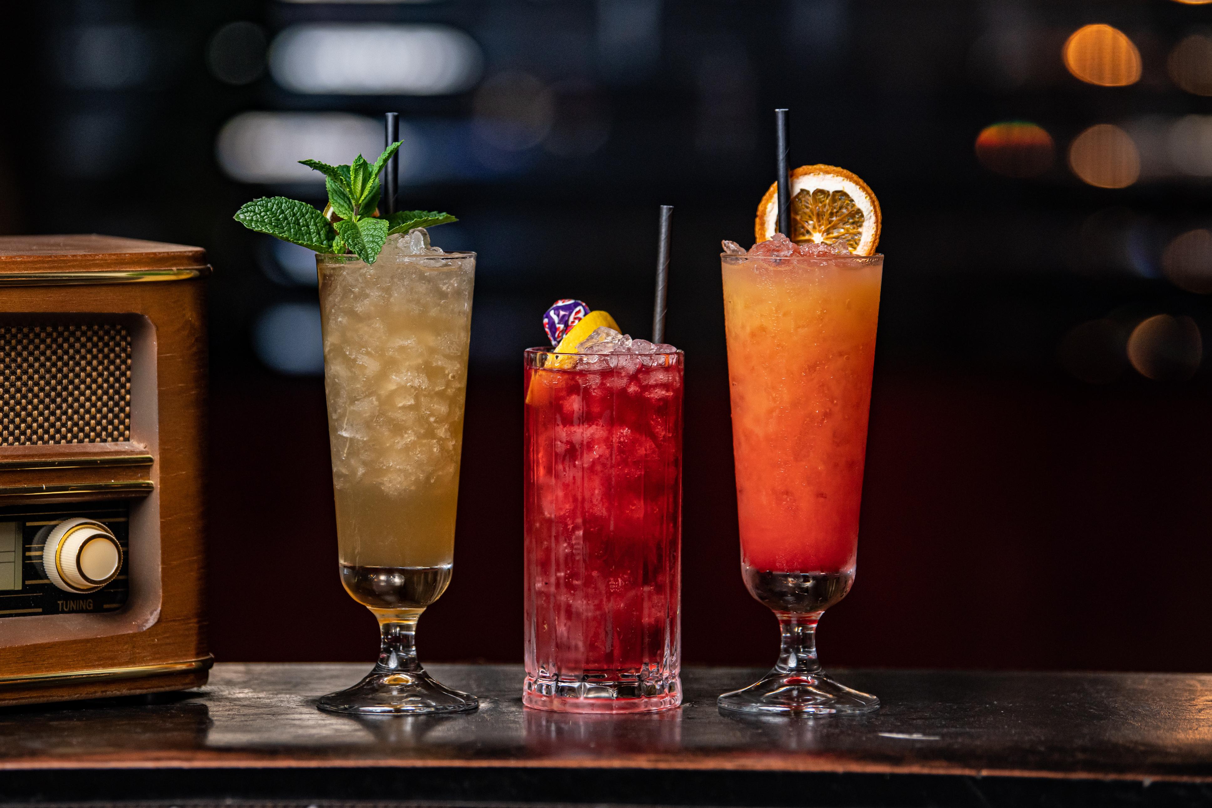 Peaky Bottomless Brunch Drinks